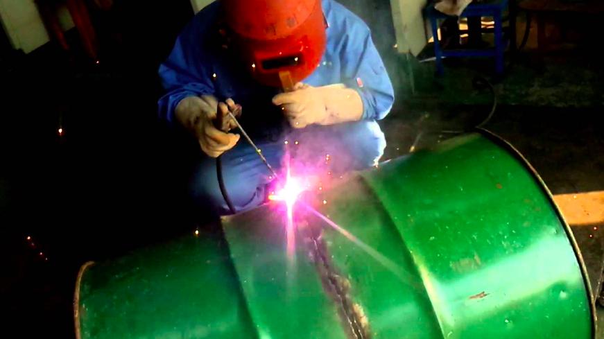 金属製品の作り方:接合加工