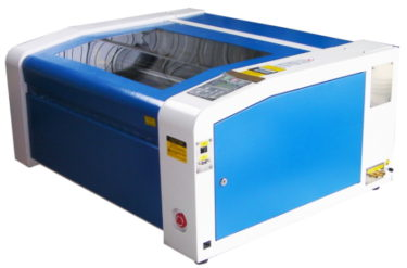 切断加工・彫刻加工が行えるCO2レーザー加工機「RSD-SUNMAX-LT6040」販売開始へ!