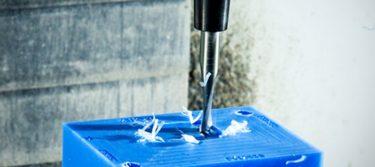 プロトラブズ、CNC切削加工で納期最短の当日出荷オプションを開始へ!